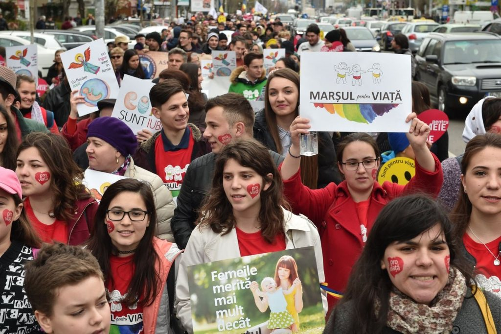 March for life in Bucharest draws thousands